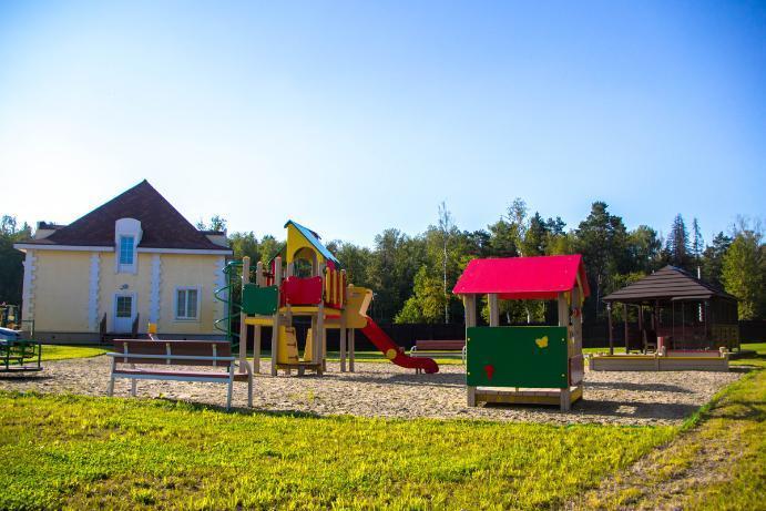 Коттеджный посёлок  «Фонтебло» по адресу Московская обл, Пушкинский р-н, Жуковка д в 24.8км от МКАД предложения по цене от 2 302 000 руб.