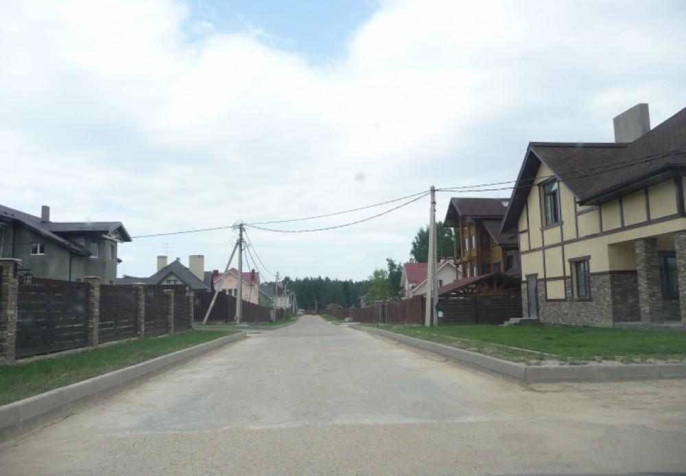 Коттеджный посёлок  «Белые Росы» по адресу Московская обл, Истринский р-н, Жилкино д в 45.6км от МКАД предложения по цене от 8 600 000 руб.